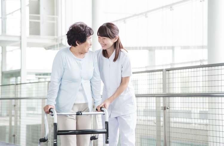 看護師のリハビリ風景
