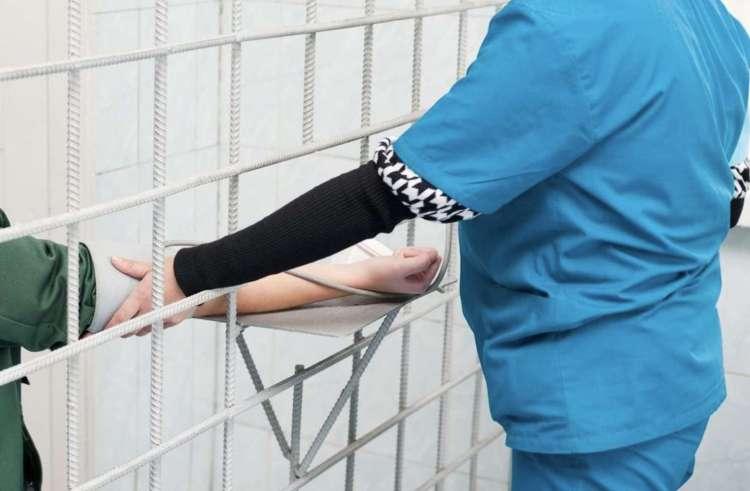 刑務所看護師